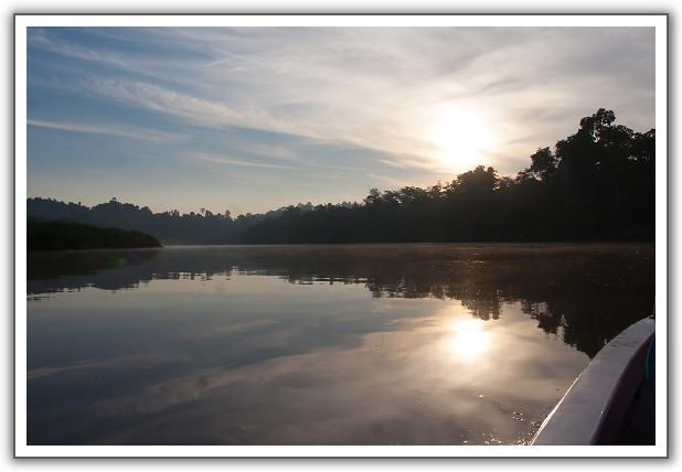 【2015‧沙巴山打根】(07)。Day 3。京那巴當岸河遊船探險 (第二回)