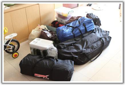 【露營趣】(裝備篇)Travel Life 車頂架 + 車頂行李袋