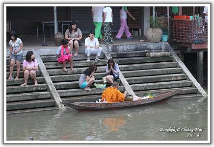 【2011‧泰國親子遊】(19)‧Day 9 。安帕瓦水上市場‧恰圖恰假日市集
